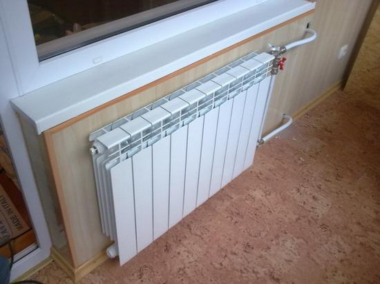 установка батареи для отопления балкона