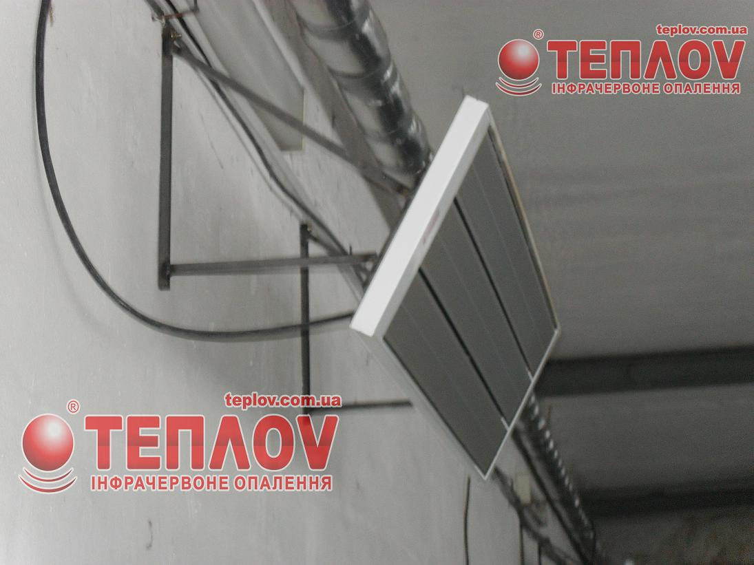 промышленный обогрев цеха потолочными панелями